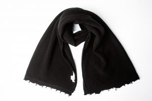 black wool scarf amcouture