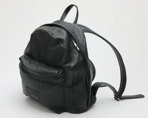 zaino logo pelle nera amcouture